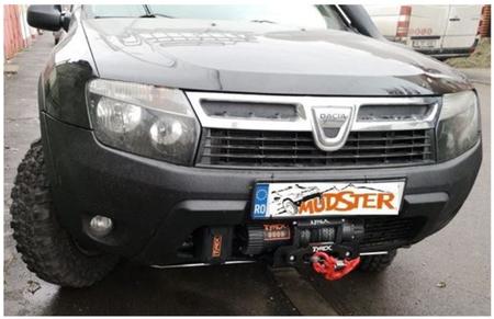 HD podstawa wyciągarki dla Dacia Duster (1)
